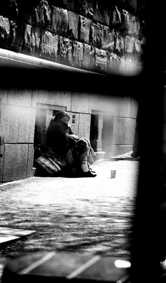 Illustrasjonsfoto av en dame på gaten Hans Anders Museth Brønmo